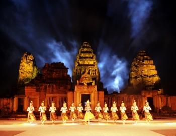 피마이 - 빛과 소리의 축제